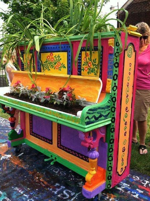 Decorate old piano and use as a planter