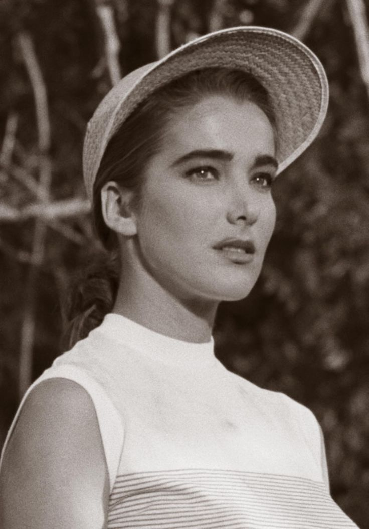 julie adams what a fine actress, I always enjoyed every show she appeared on