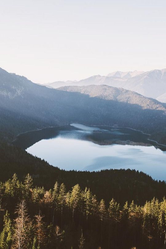 Overlooking lake Eibsee | ( by Jannik Obenhoff )