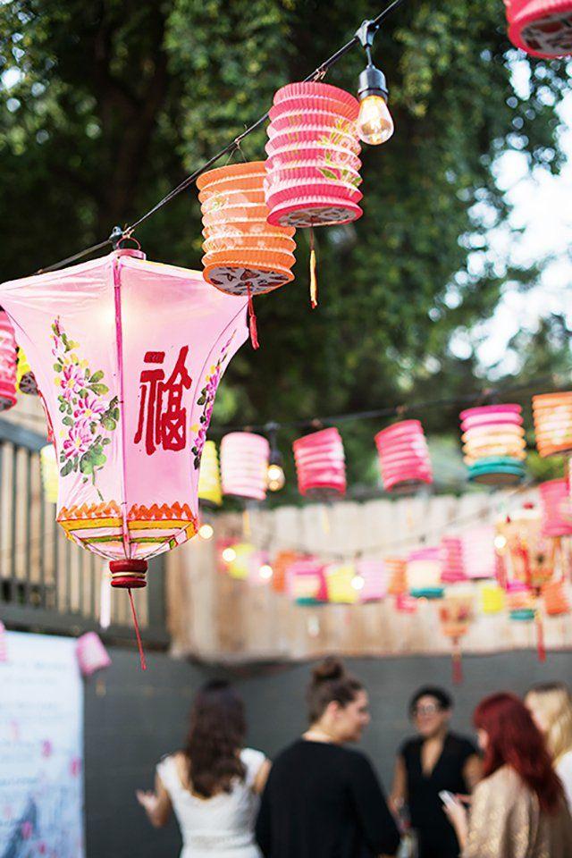Linternas chinas de mil colores para poner un toque oriental en casa - https://decoracion2.com/linternas-chinas-toque-oriental/ #Decoración_Oriental, #Iluminación_De_Fiestas, #Linternas_Chinas, #Luces_LED
