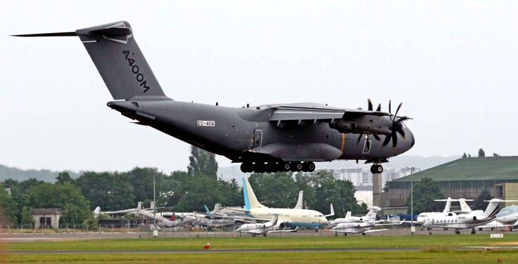 Le Salon du Bourget 2015. The stakes are high for the aircraft manufacturer, while the A-400M program has experienced several years of delays and significant cost overruns, with a bill which climbed to 28 billion euros against 20 billion in origin.