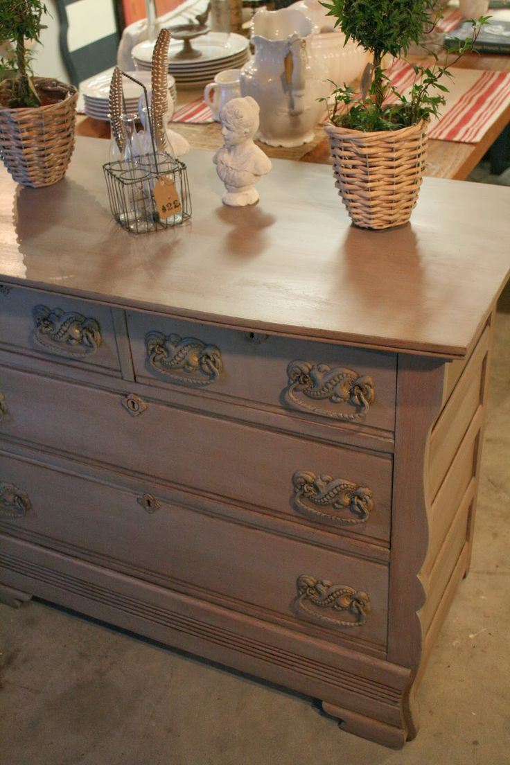 best 25 painting oak furniture ideas on pinterest oak. Black Bedroom Furniture Sets. Home Design Ideas