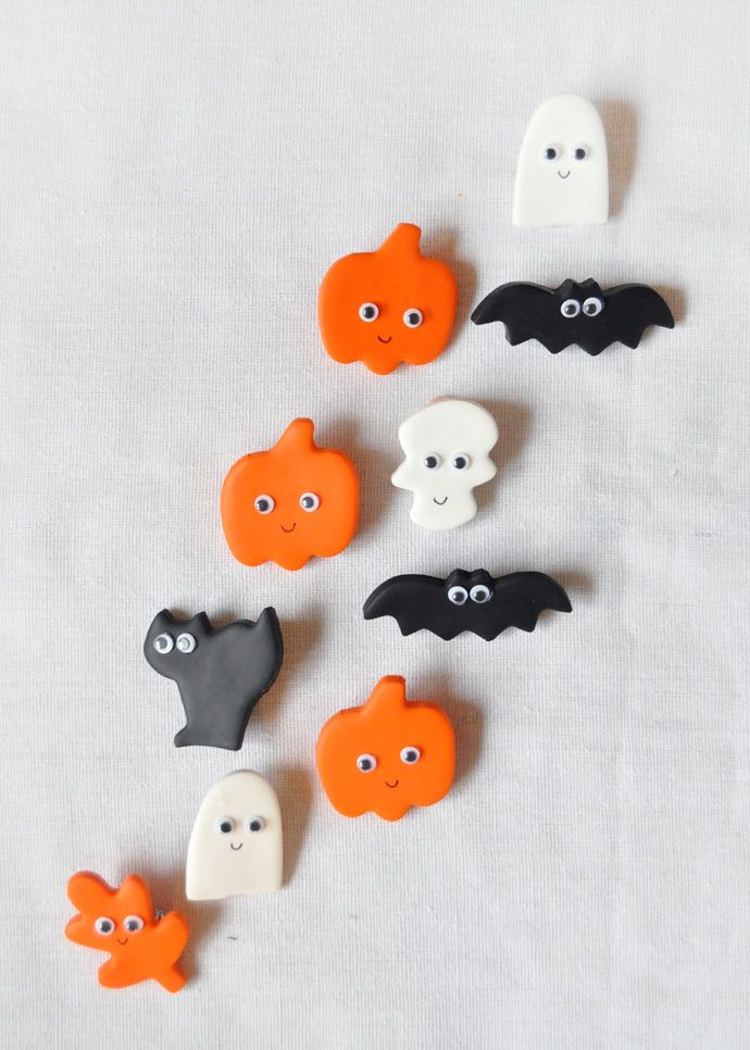 Make your Halloween even cuter with these friendly little pins!
