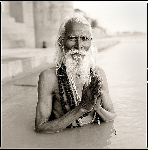 Holy Dip In The Ganges: Cultura India, Enlightenment, Yogi India, Faces, Cool Looks Human, Holy Dips, Incr India, India Stefanrohn, Hindu Festivals