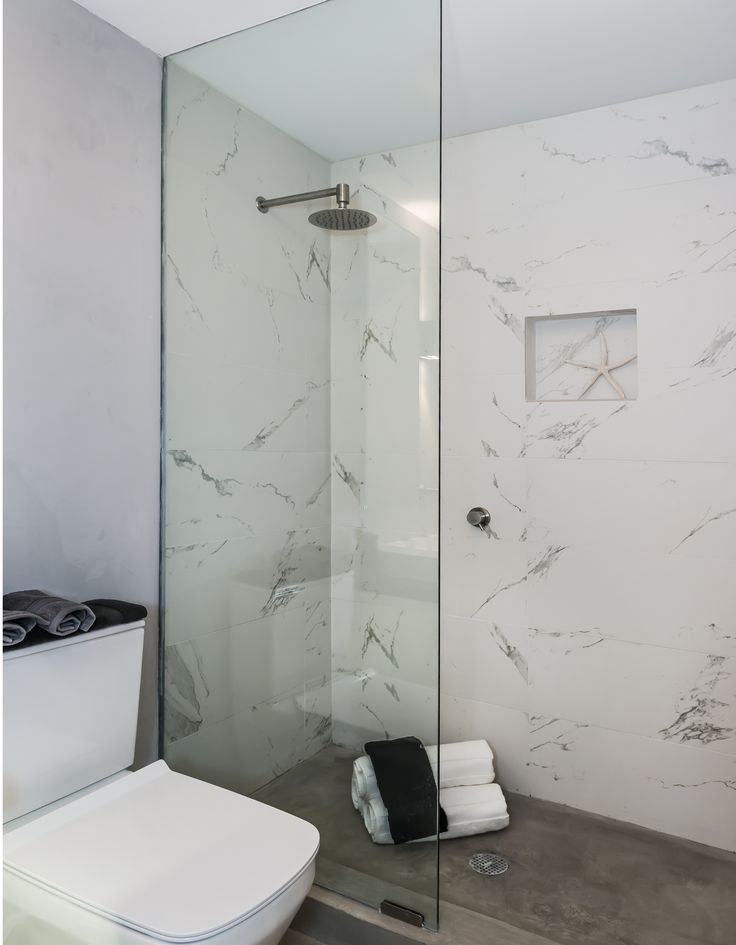 With a stunning, natural marble design, Takla's Porcelain tile is a perfect addition to any wall, or floor. Get 5 free samples sent right to your door now!