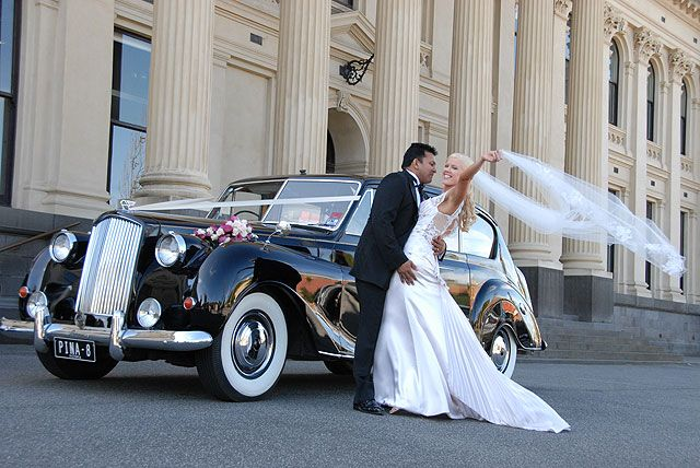 If you are looking for a Wedding Limousines car hire, 1300 Limo Now has a selection unrivalled by other companies. We have a wide range Wedding car hire packages for our special event.
