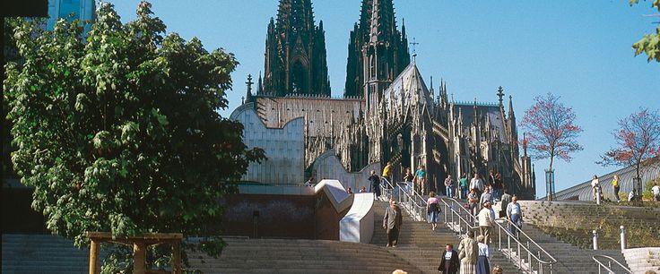 Informativ und  ereignisreich: Kombiticket Stadtführung Köln & Schiff