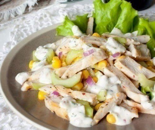 Light summer salad with chicken and corn