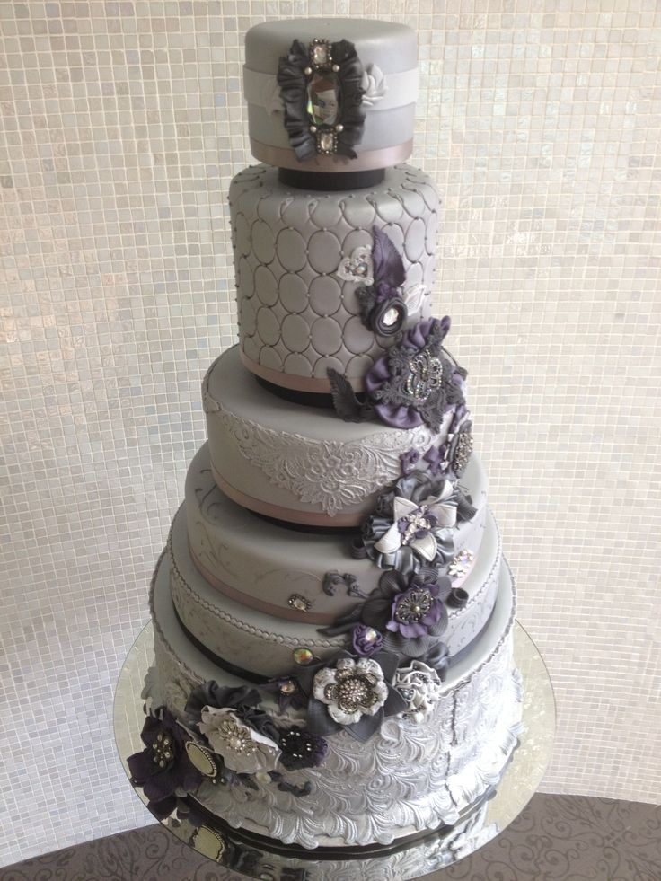Grey And Purple Vintage Wedding Cake Wedding Cakes