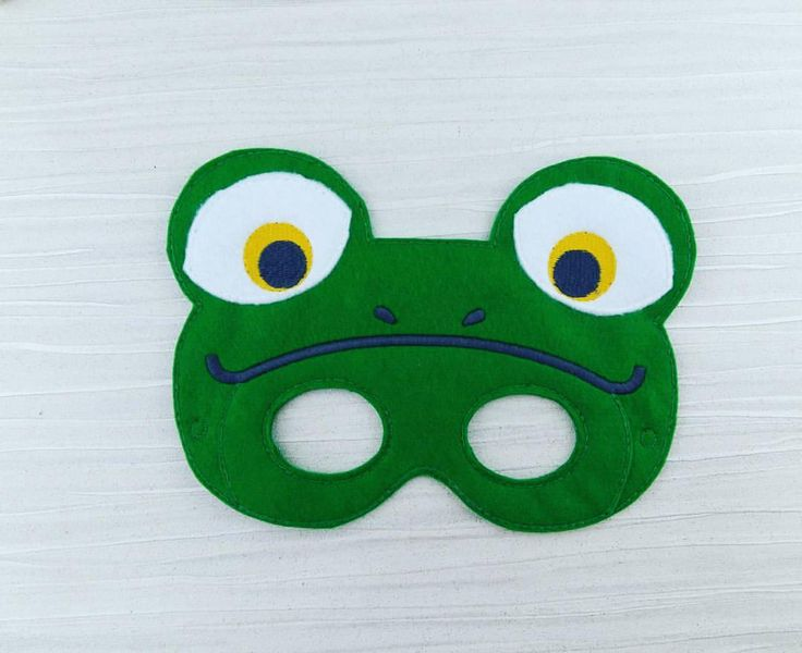 Frog mask - Green Frog Mask - Felt Frog Mask - Frog Party Favor - Halloween Mask - Animal Mask - Pretend Play - Frog Costume - by AHeartlyCraft on Etsy