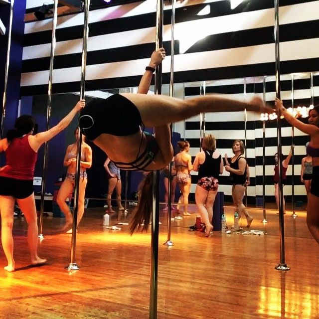"""I'm a firm believer that one of the best things you can do while learning pole is to train all types of inverts on both sides. No matter how """"drunk"""" your bad side might feel it's a MASSIVE benefit to be able to invert on either side. It's kind of one of my rules for myself. Learned this today in @anotchka tricks class. #trainbothsides #princessgrip #chairspin #staticpole #shouldermount #invert #pole #polefitness #workout #athlete #polecombo #polespin #poledancer #poletrick #poleusa…"""
