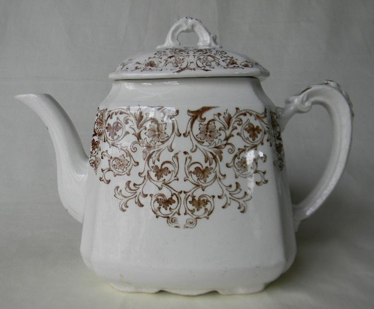 BROWN AESTHETIC TRANSFER WARE TEAPOT For consideration is this antique teapot by G L Ashworth & Brothers of Hanley, North Staffordshire England in the delicate Empress pattern. This gorgeous Aesthetic