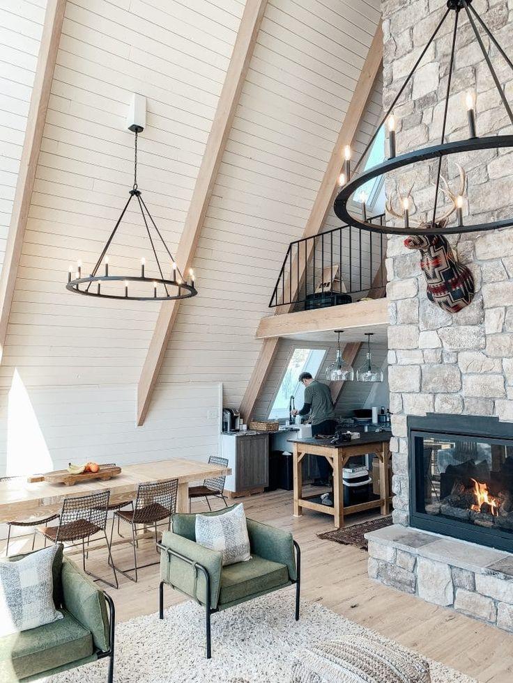 Une maison en bois en forme de A à l'histoire particulière - PLANETE DECO a homes world
