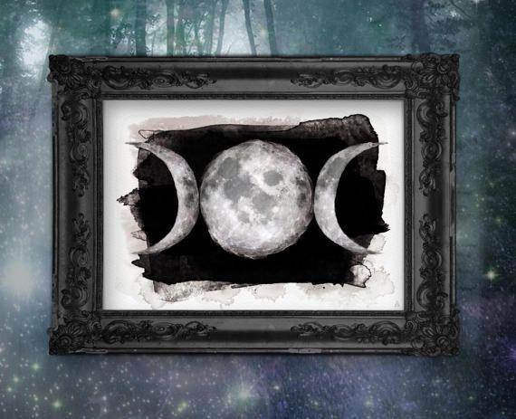 #Mondphasen #Schwarz #Poster #Print #Kunstdruck #artwork #Kunst #Sammlerstücke #Drucke #ArsMagna #watercolor #watercolour #Wandkunst #Wallart #Wanddekoration #Druck #Universum #Mondphasen #moon #Sterne #Himmel #Vollmond #darkart #wicca #witch #vollmond #fullmoon #homedecor #posters #design #blckandwhite #doom #goth #göttin #luna #pagan #naturreligion #witchcraft #occult #alchemy #arsmagnadesign #etsyseller #handmade