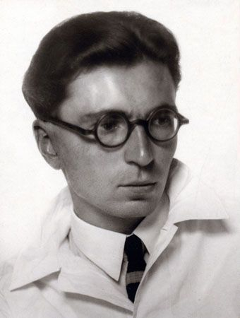 viktor frankel logotherapy Viktor frankl is the founder of logotherapy, a form of psychotherapy that he  developed after surviving nazi concentration camps in the 1940s.