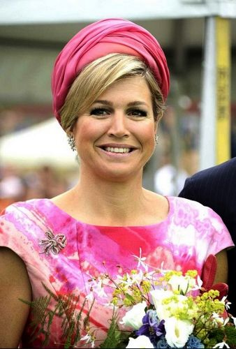 Queen Máxima, June 19, 2013 | The Royal Hats Blog-Maxima in a pink turban