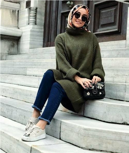 Oversized green sweater-Hijab outfits collection for winter – Just Trendy Girls