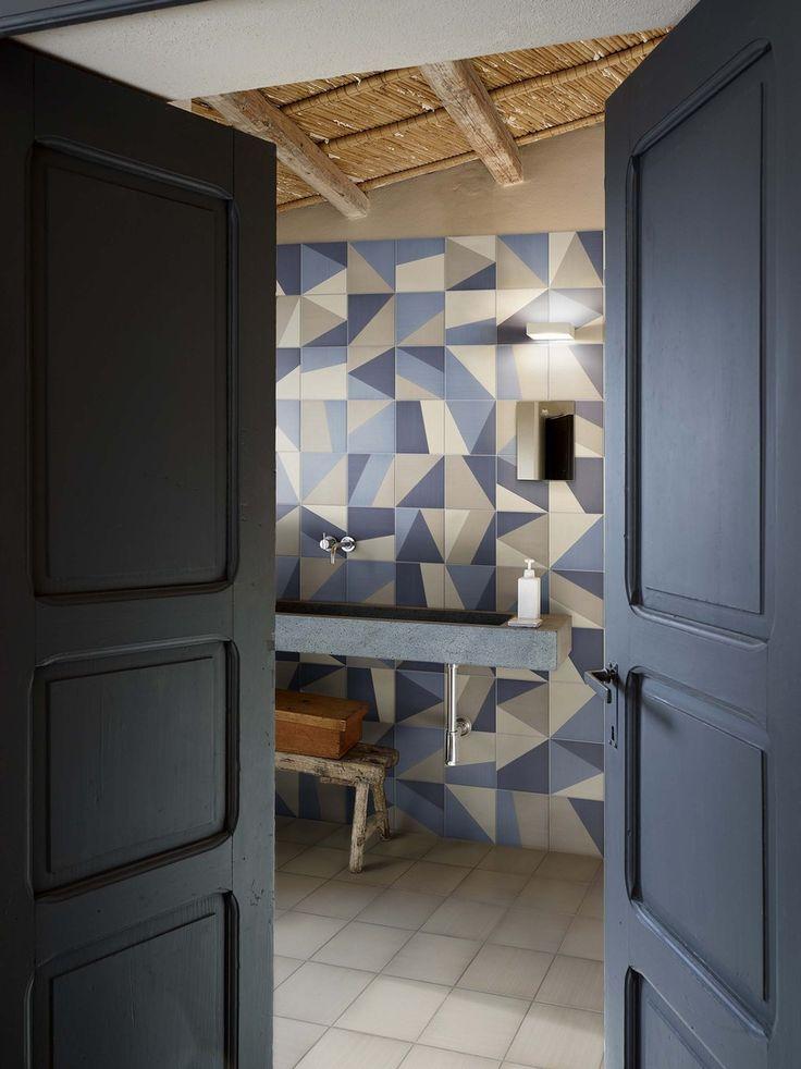 17 migliori idee su bagni di piastrelle su pinterest - Piastrelle spessore 2 mm ...