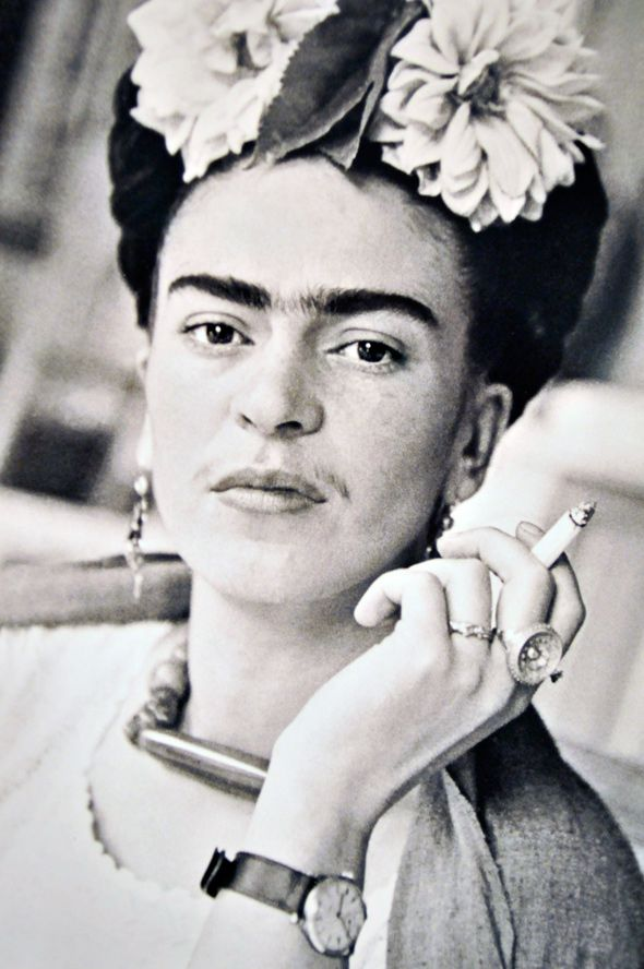 """""""I drank to drown my sorrows, but the damned things learned how to swim."""" ― Frida Kahlo"""