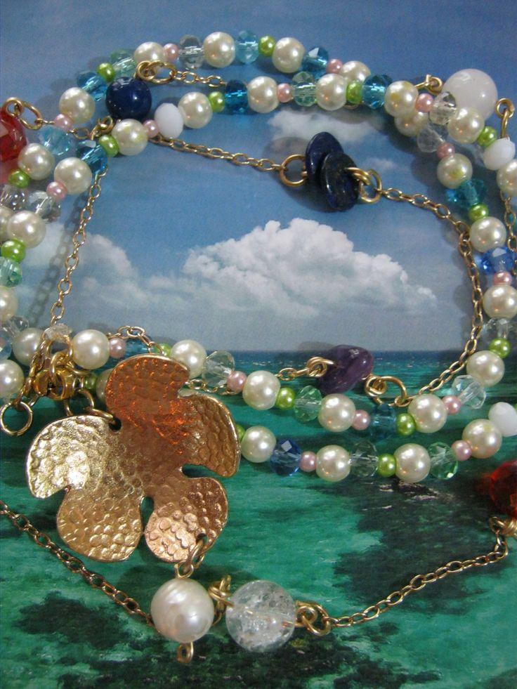 Collar del trebol con 5 Hojas; Esperanza, Fe, Amor, Suerte, Sueños, nacido de un árbol de perlas multicolores.