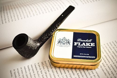 Dunhill pipe & tobacco pairing.