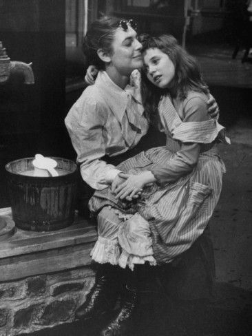 """Actresses Anne Bancroft and Patty Duke in """"Miracle Worker"""", a play about Helen Keller  - photo by Nina Leen"""