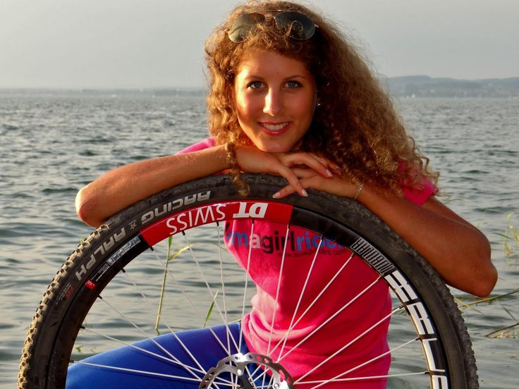 Jolanda-Neff-Curly-Rider-210-1024x768.jpg (1024×768)