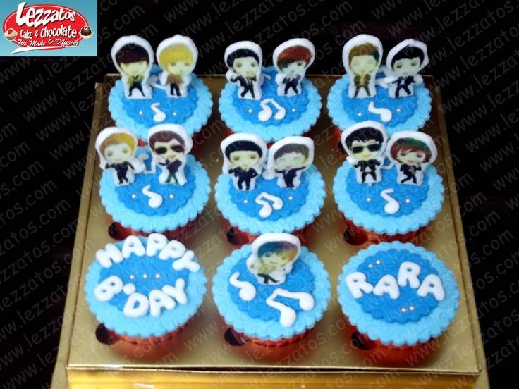 Cupcake Tema Super Junior.  Hiasan dari fondant.