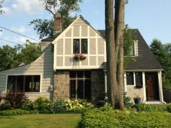 White Trim Boards Darker Interior Color Diva Vlog Exterior Paint Colors For Tudor Style Homes