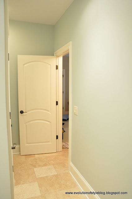 14 best images about sea salt sherwin williams on for Southwest bathroom paint colors