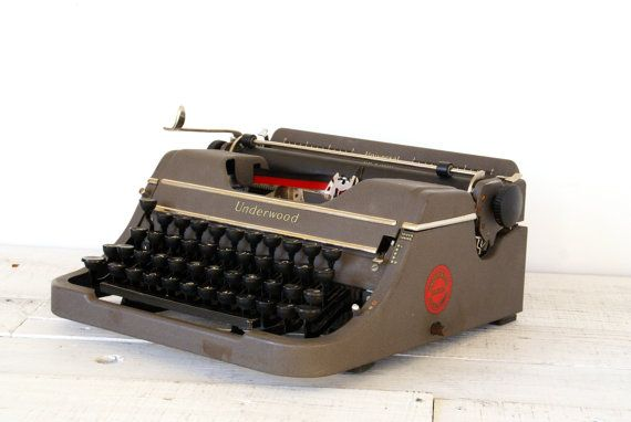 Underwood Universal Typewriter // Working by Larch Trading Company