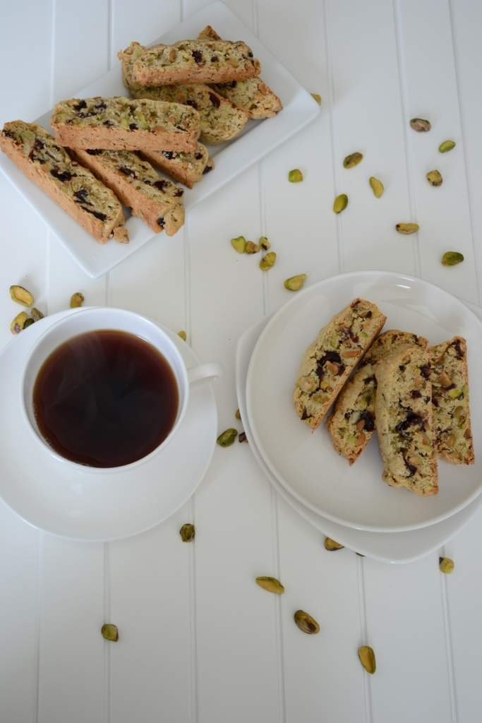 pistachio cranberry biscotti | kitchen | Pinterest