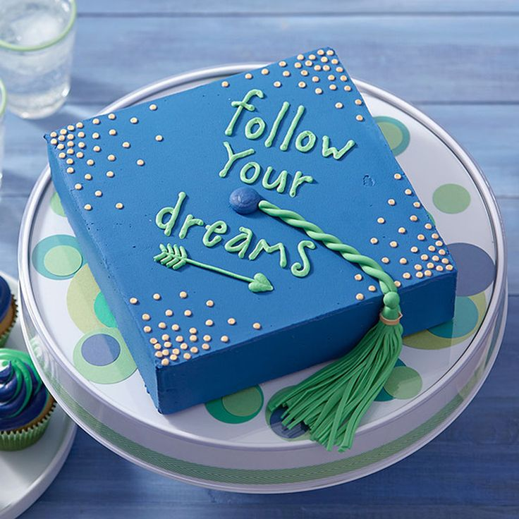 Cake Decorating Checklist : 61 best images about Moore: Graduation on Pinterest ...