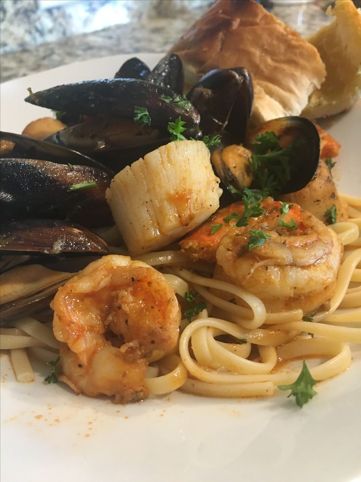 Seafood Pasta, shrimp, muscles & scallop in clam sauce...chef Mo (ME)