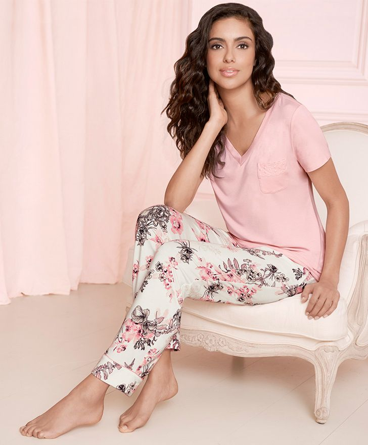 Embraceable Sleep Tee in Sugar Pink & Ankle Pant in Etched Floral Print #LoveSoma #Pajamas #ValentinesDay