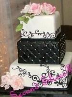 black/white wedding cake