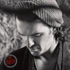 Escuchando el album INDEPENDIENTE de Ricardo Arjona en EscucharMusic.CoM - Musica Online