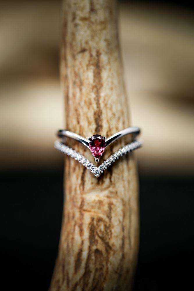 27++ Pink diamond wedding ring ideas ideas in 2021