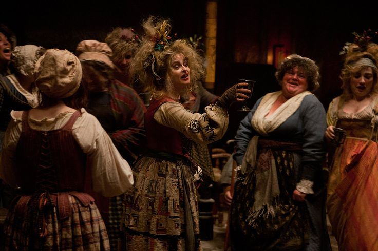 Madame Thenardier (Helena Bonham Carter), Les Miserables movie