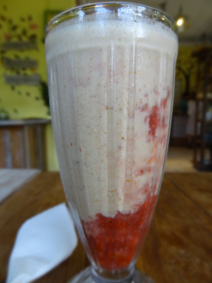 #Peanutbutter and #StrawberryJam #VeganSmoothie by #Alchemy #rawfoodrestaurant in #ubud #bali