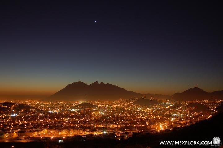 Alfombra de luces cerro de la silla pinterest luces Alfombras persas en mexico