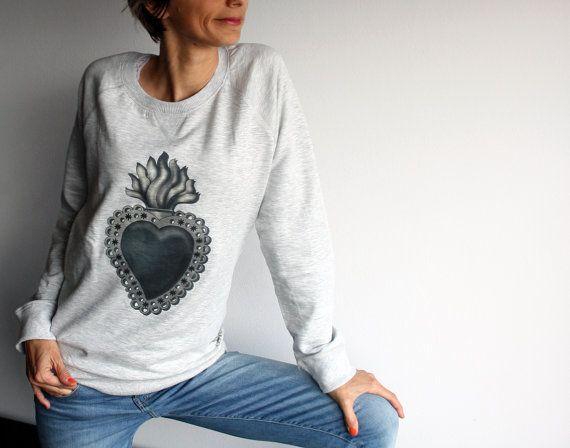 Felpa Donna, Sacro Cuore, maglia grigio melange, maglietta rock, regalo per san valentino, abbigliamento casual, felpa innamorati,