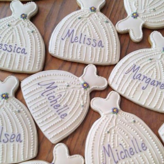 Bridesmaid luncheon cookies