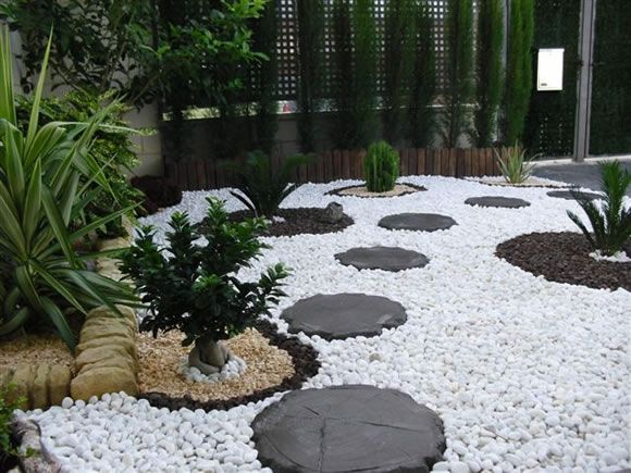 Principales 25 ideas incre bles sobre jardines peque os for Decoracion jardin pequeno reciclado