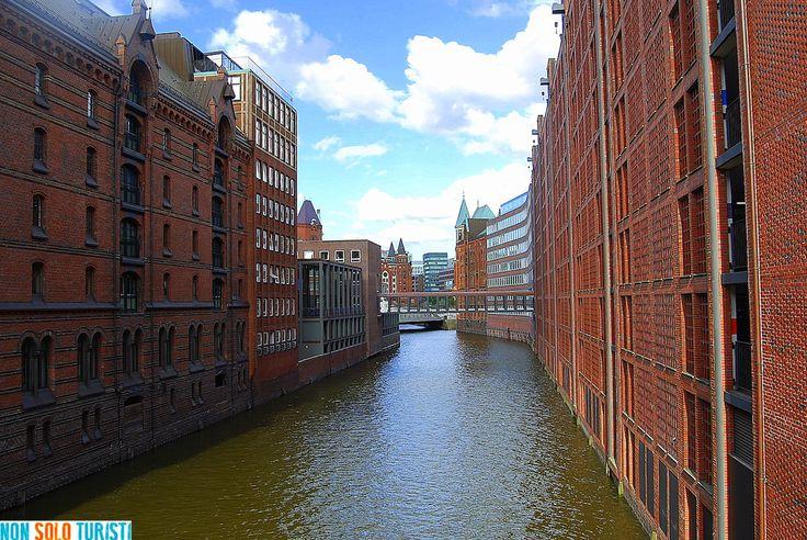 Amburgo: Gotico, mattoni rossi e un porto senza mare