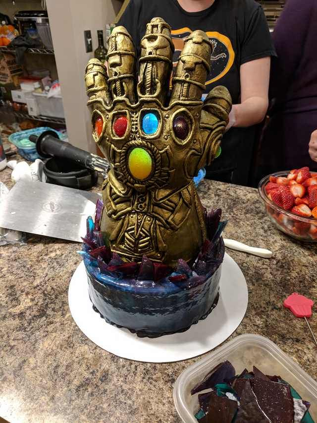 My Son S Infinity Gauntlet Birthday Cake In 2019 Cake