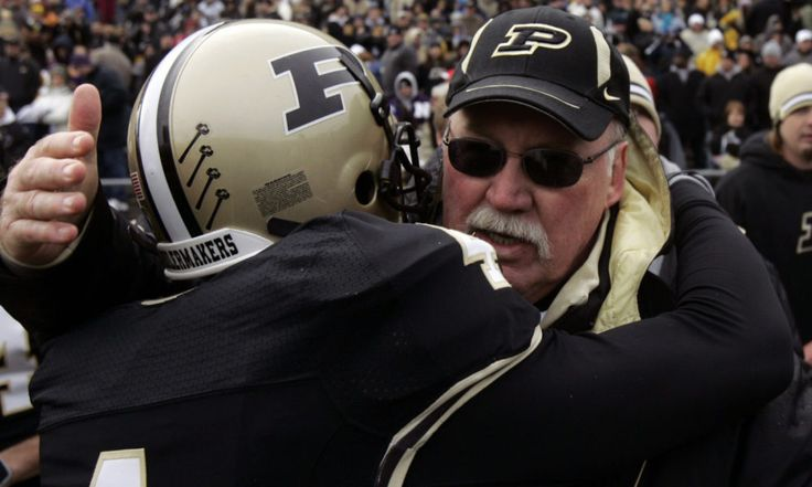 Purdue must pursue a coach who plays a different game = The Purdue Boilermakers, lost and adrift as a program, fired Darrell Hazell on Sunday and are looking for a new leader.  Where should they turn?  In one very specific and meaningful way, they need to return to the past. More specifically, they.....