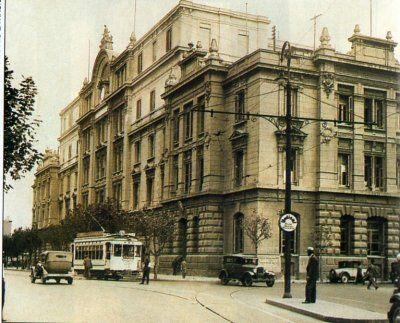 Bolsa de Cereales en un ala de la estación del ferrocarril Sarmiento, en 1932