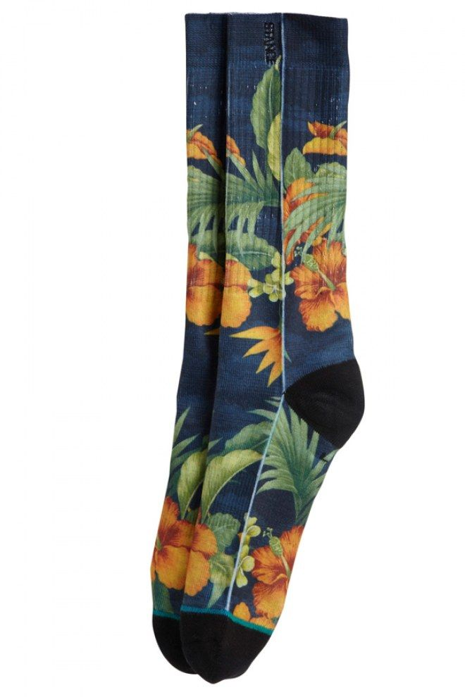 Une paire de chaussettes Stance fleuries pour être stylée jusqu'au bout des pieds.  Prix :14 euros.