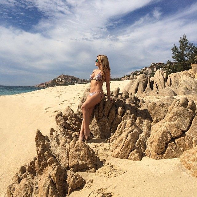 Alison Victoria | Alison Victoria in Bikini -01